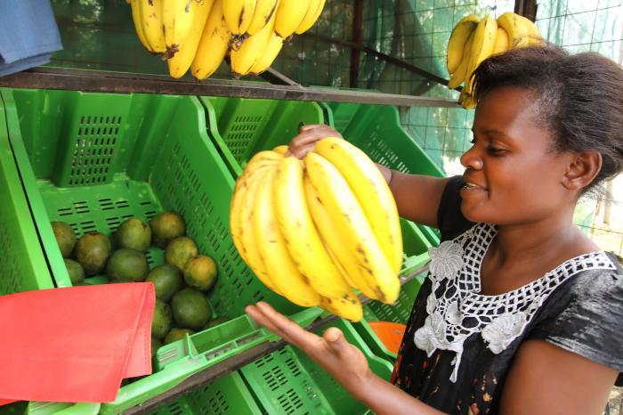 The modern kiosk sells fresh fruit & vegetables, not magazines