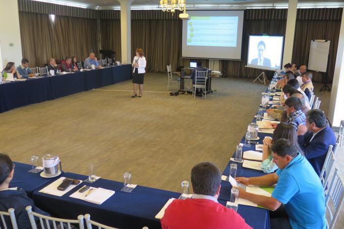 Creando Confianza. VECO Andino implementa herramienta para la profesionalización de organizaciones de productores.