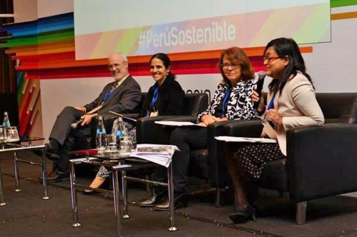 VECO Participa en 21 Simposio Internacional Empresa y Gestión Sostenible