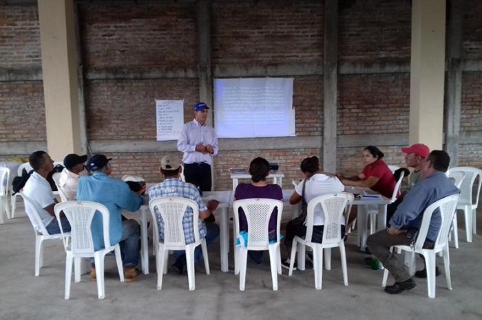 Directivos de la cooperativa Ecovegetales fortalecen sus conocimientos en cooperativismo