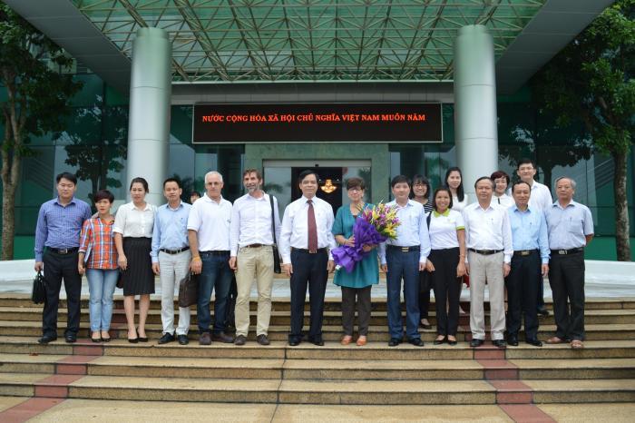 Đại sứ Vương quốc Bỉ thăm vùng dự án của VECO tại Phú Thọ