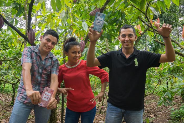 Nicaragua-chocolade toont het gezicht van nieuwe generatie cacaoboeren