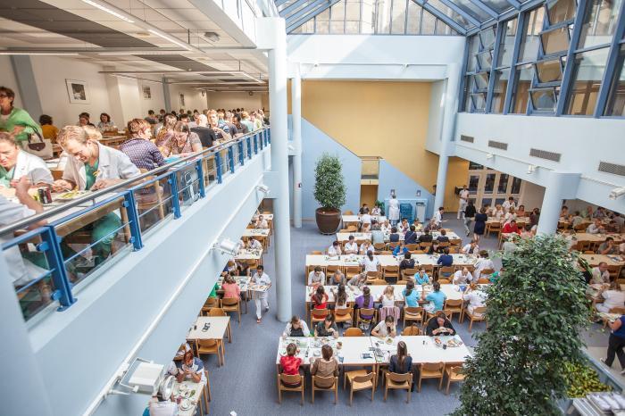 UZ Leuven wint award Gault&Millau voor 'Maatschappelijk Verantwoord Ondernemen'