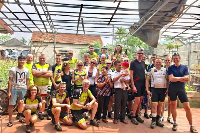 Cycling in solidarity : accounts from the first Vietnam Classic