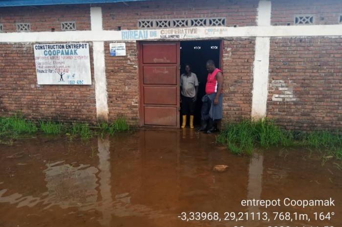 Covid-19 et inondations, ces aléas qui perturbent la riziculture à Kilomoni
