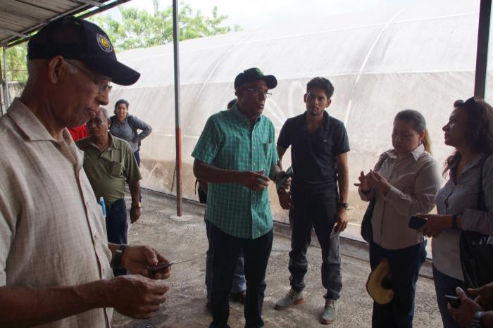 Exchange of experiences between Central American and Dominican farmers