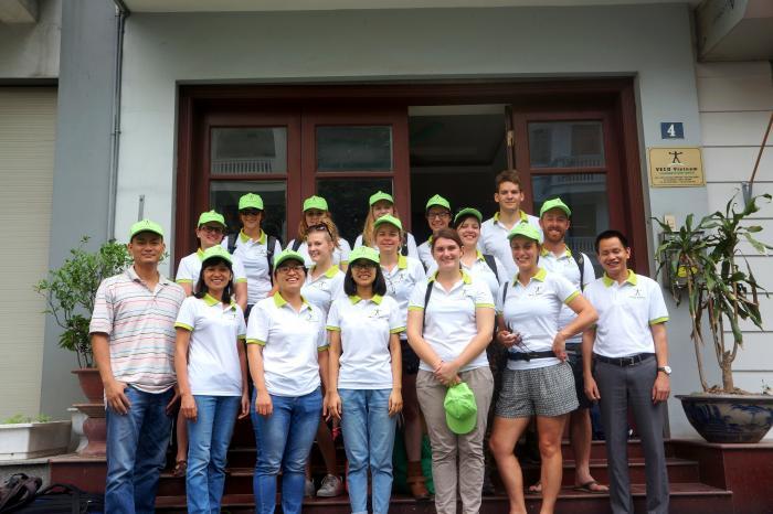 Đoàn sinh viên và giáo viên Bỉ đến Việt Nam tìm hiểu về rau hữu cơ