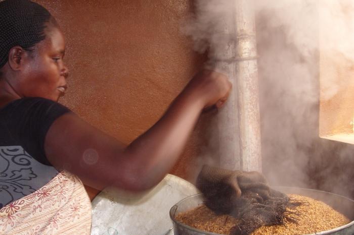 La Franchise développé avec l'UNERIZ adapté pour la résilience des micro-entreprises d'étuvage de riz confrontées aux effets de la COVID19