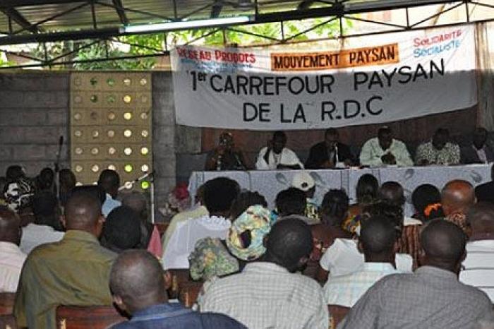 Een landbouwwet voor Congo: Sans notre loi, pas de voix!