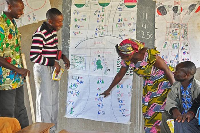 Congolese koffieboeren leren in Oeganda