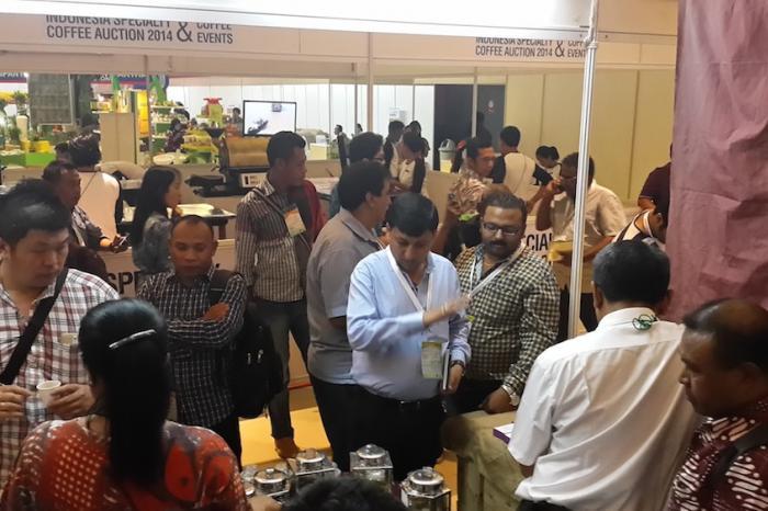 VECO Indonesia dan Mitra Memikat Pengunjung ITE Jakarta