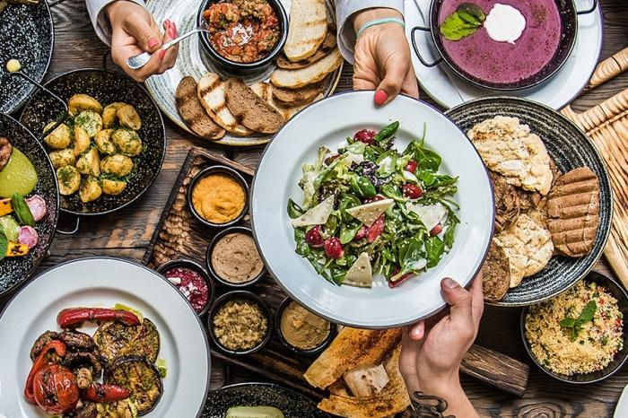 Connecting the dots of food, climate and health: EAT food forum 2018