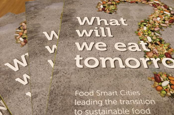 How do Food Smart Cities lead the transition to sustainable food? Read this book!