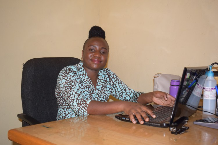 Cécile Sikumbire, comptable régionale de Rikolto en RDCongo   photos: Merveille Saliboko