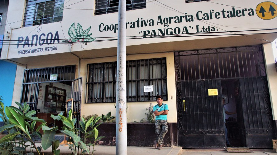 Cac Pangoa tienda